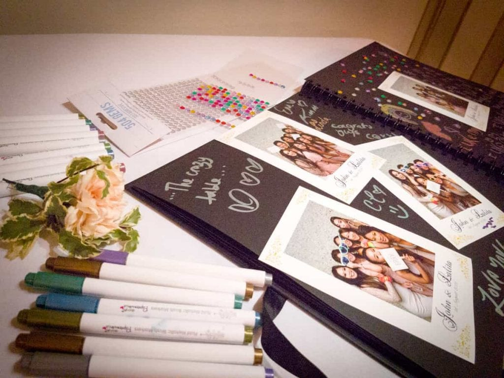 The-Pod-Guys-Guest-Book-Table