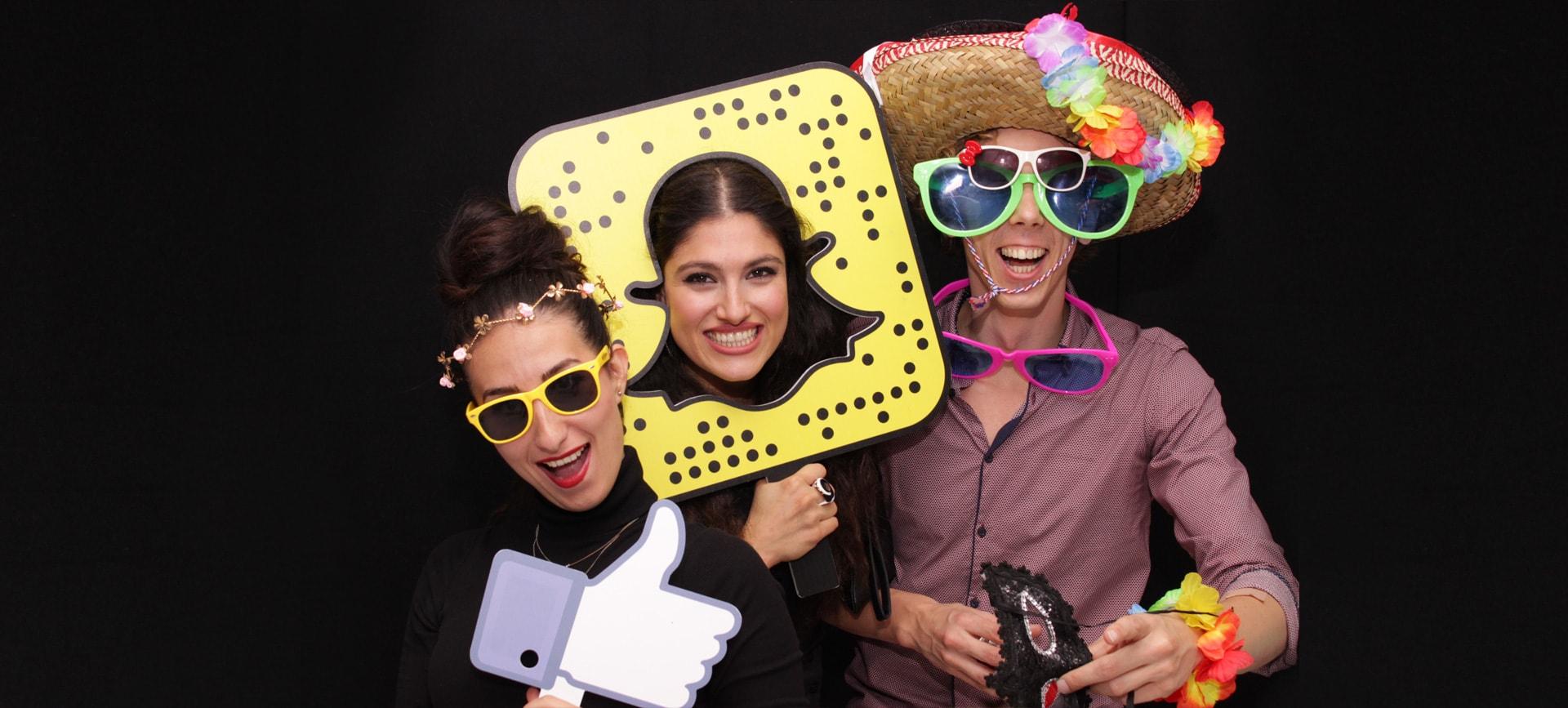 Open Air Photo Booth Hire London | Wedding Selfie Pod, Camera & Backdrop
